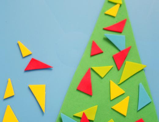 новогодняя елка из треугольников