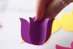 поделка цветы из бумаги на прищепке