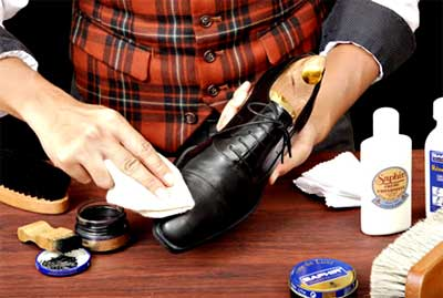 how to get discoloration off shoes