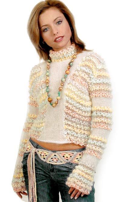 Пуловер в пастельных тонах