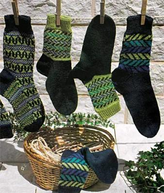 Носки с жаккардовым узором в зеленых тонах