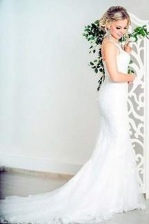 Подготовка к свадьбе. Наряды жениха и невесты