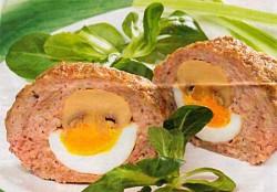 Зразы с вареными яйцами и жареными шампиньонами